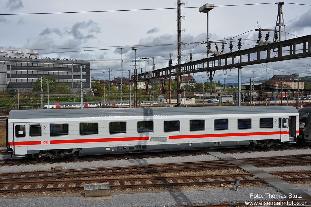 http://www.eisenbahnfotos.ch/bahn/albums/uploads/jahr/2011c/nj129a.jpg