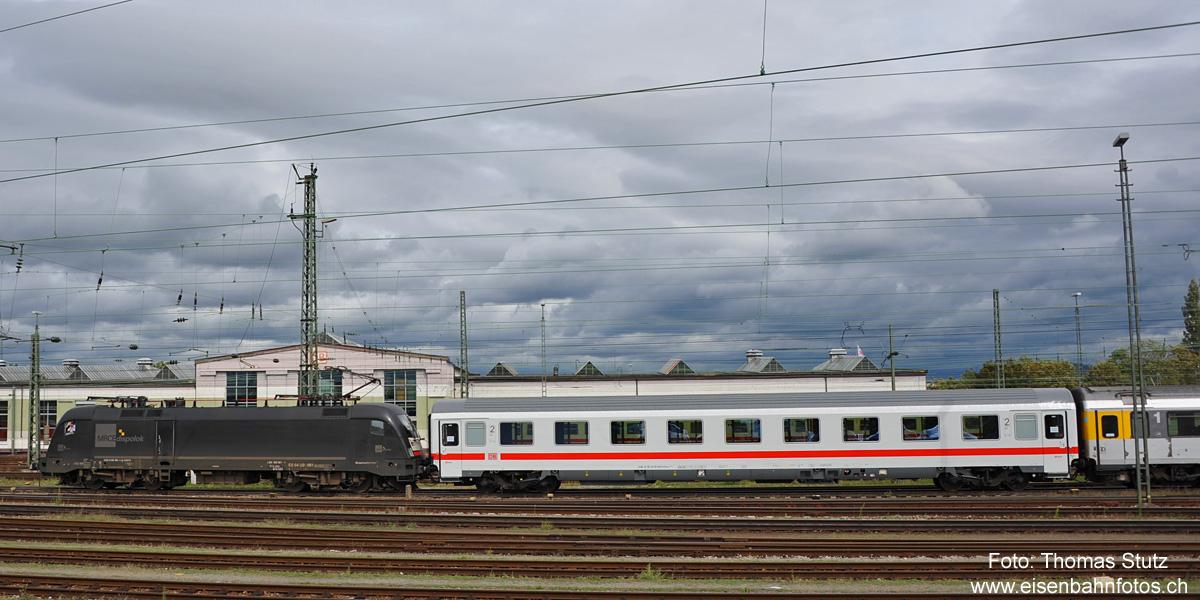 http://www.eisenbahnfotos.ch/bahn/albums/uploads/jahr/2011c/nj143a.jpg